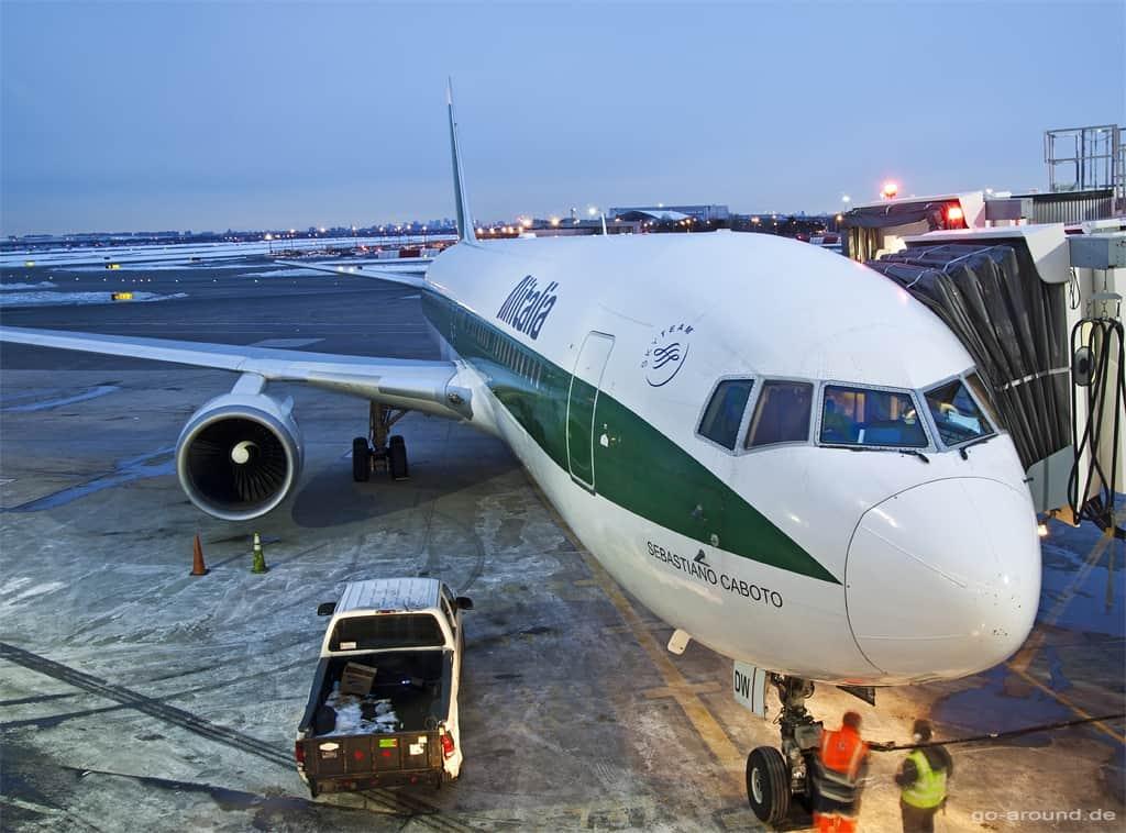 Alitalia Boeing 767