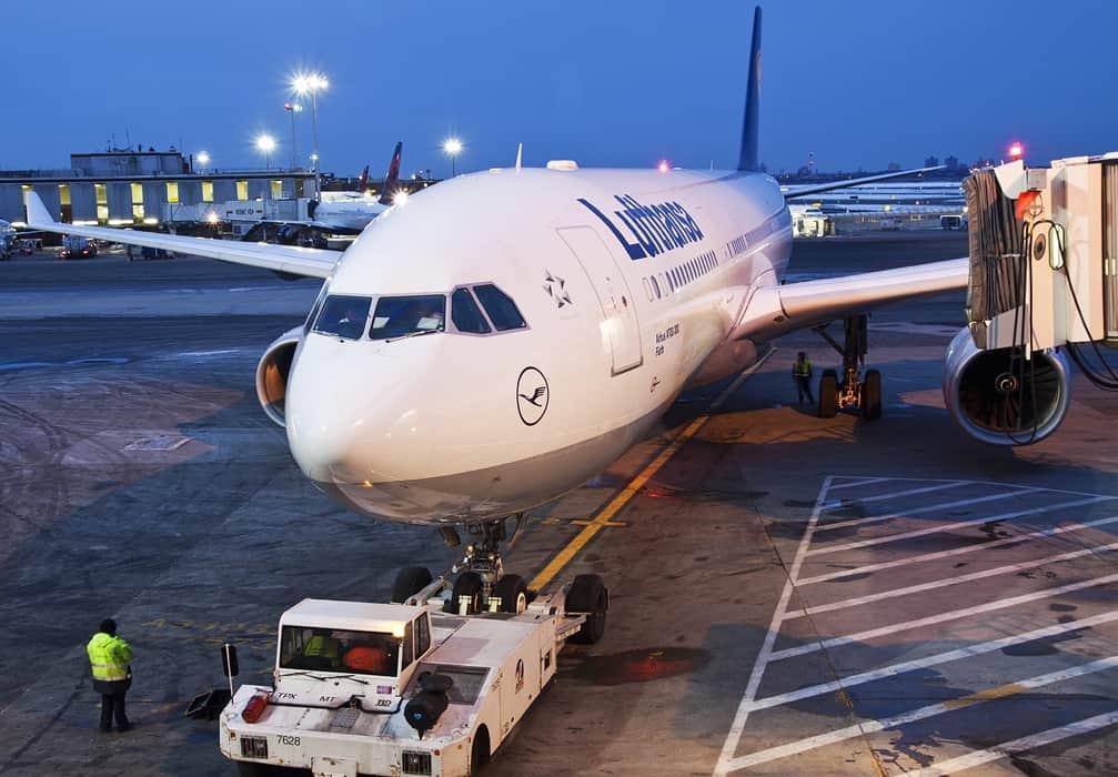 Lufthansa Airbus A330