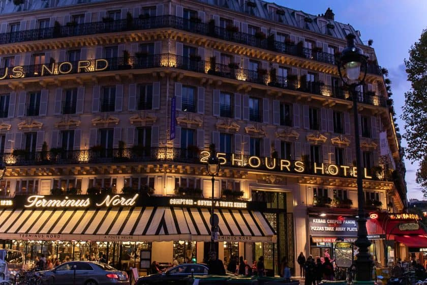 25hours Hotel Paris Front Night