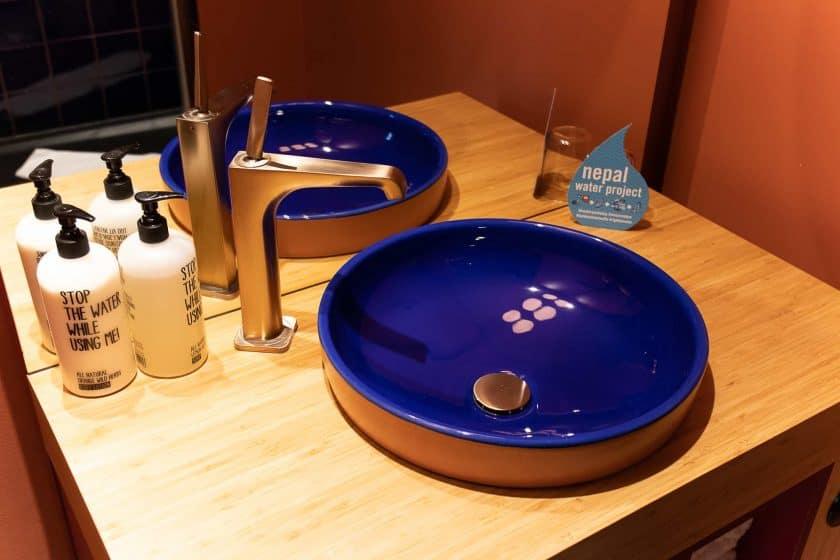 25hours Hotel Paris Room Bath Sink