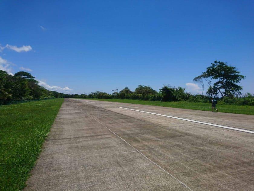 3 Flughafen Tortuguero 3