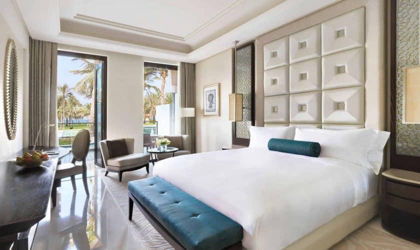 50565147 Lagoon Bedroom (Green Covers)
