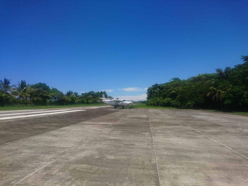 9 Flughafen Tortuguero Vorfeld