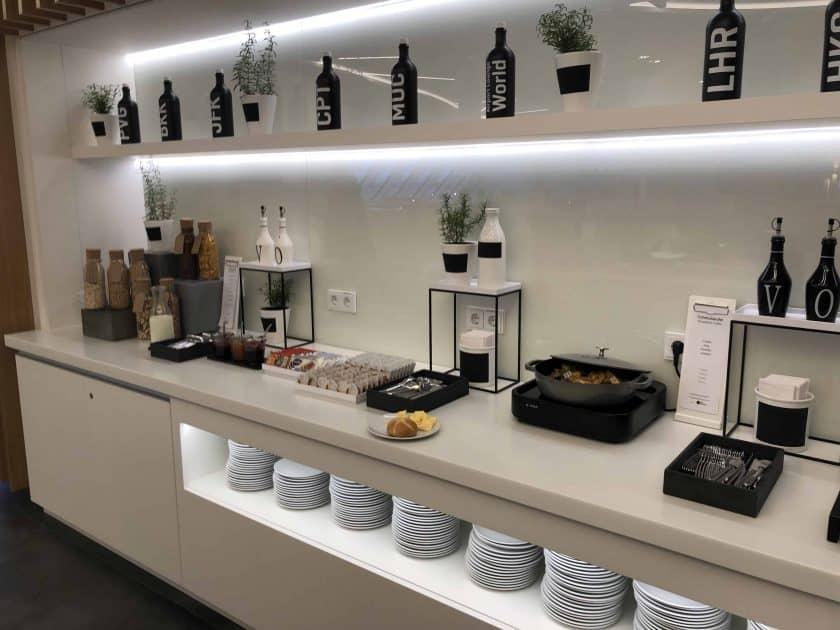 Airport Lounge MUC Buffet Uebersicht