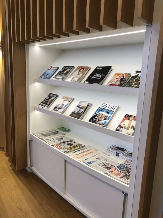 Airport Lounge MUC Zeitungen