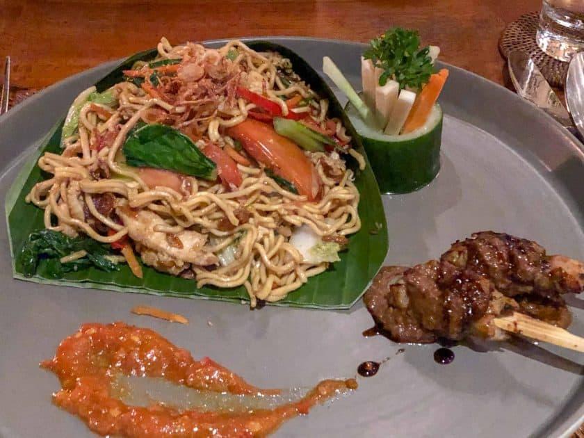 Alila Manggis Hotel Bali Abendessen