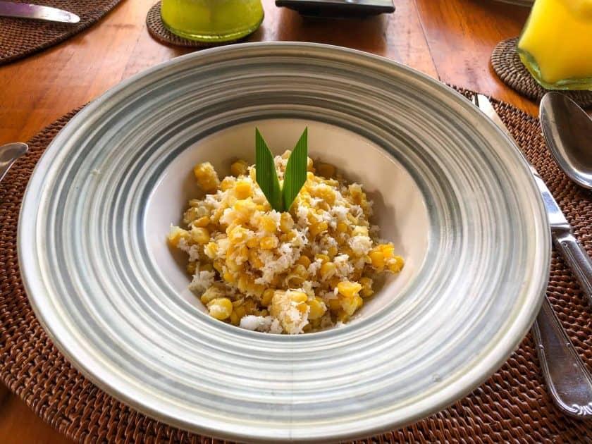Alila Manggis Hotel Bali Fruehstueck Mais