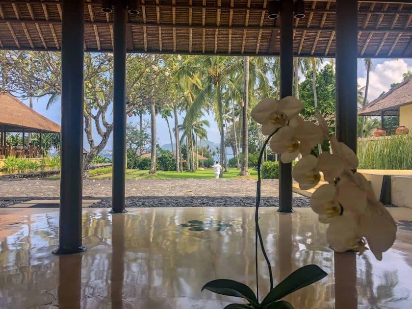 Alila Manggis Hotel Bali Lobby