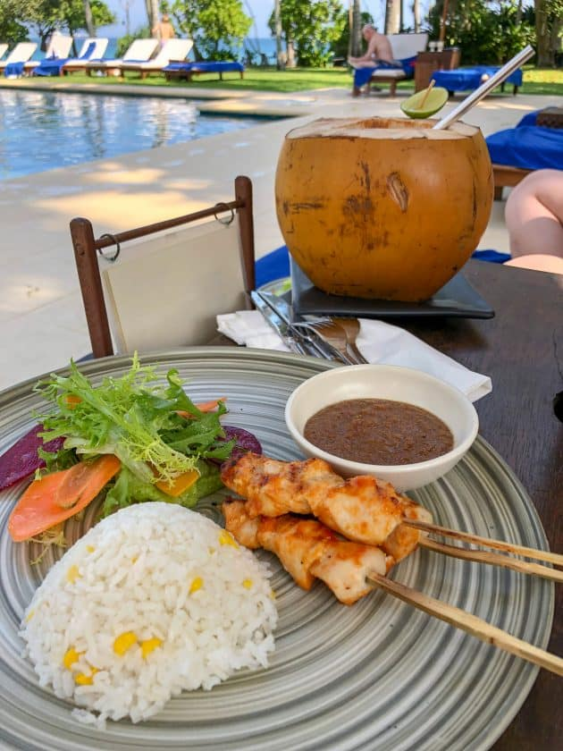 Alila Manggis Hotel Bali Pool Essen