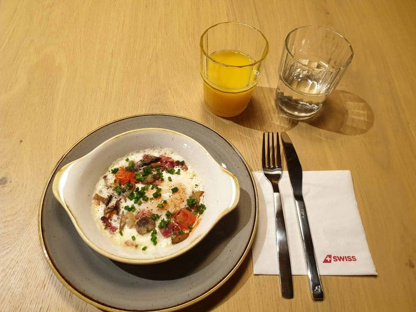 Alpine Lounge Frühstück