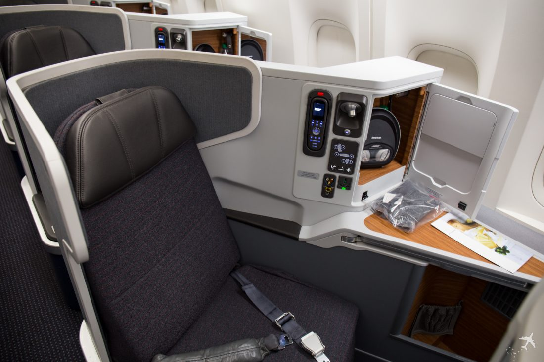 American Airlines Business Class Fenstersitzplatz