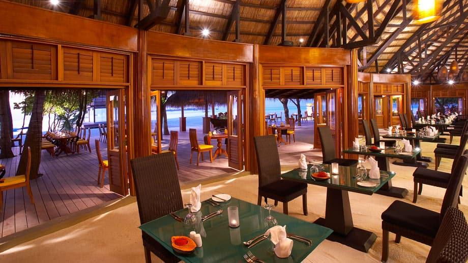 Angsana Velavaru Restaurant