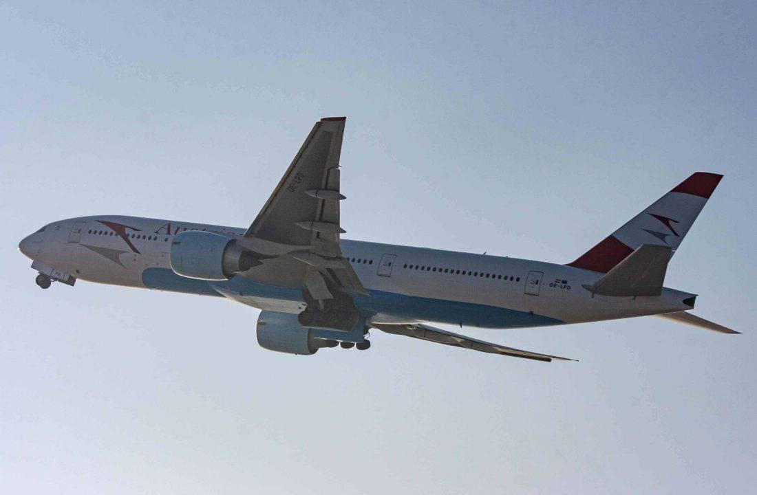 Austrian Airlines Boeing 777 200 OE LPD