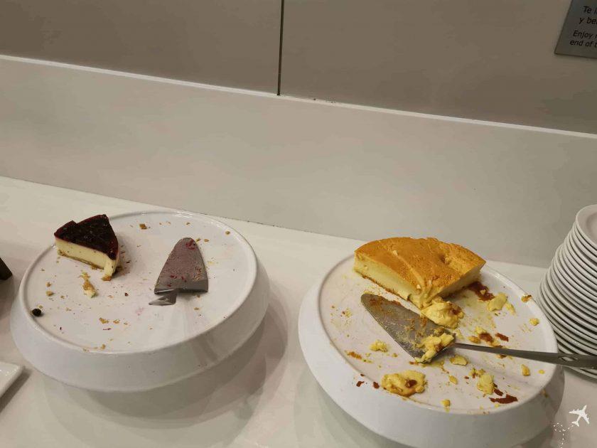 Avianca Diamond Lounge BOG Kuchen