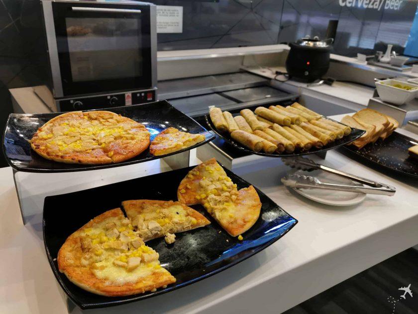 Avianca Diamond Lounge BOG Pizza