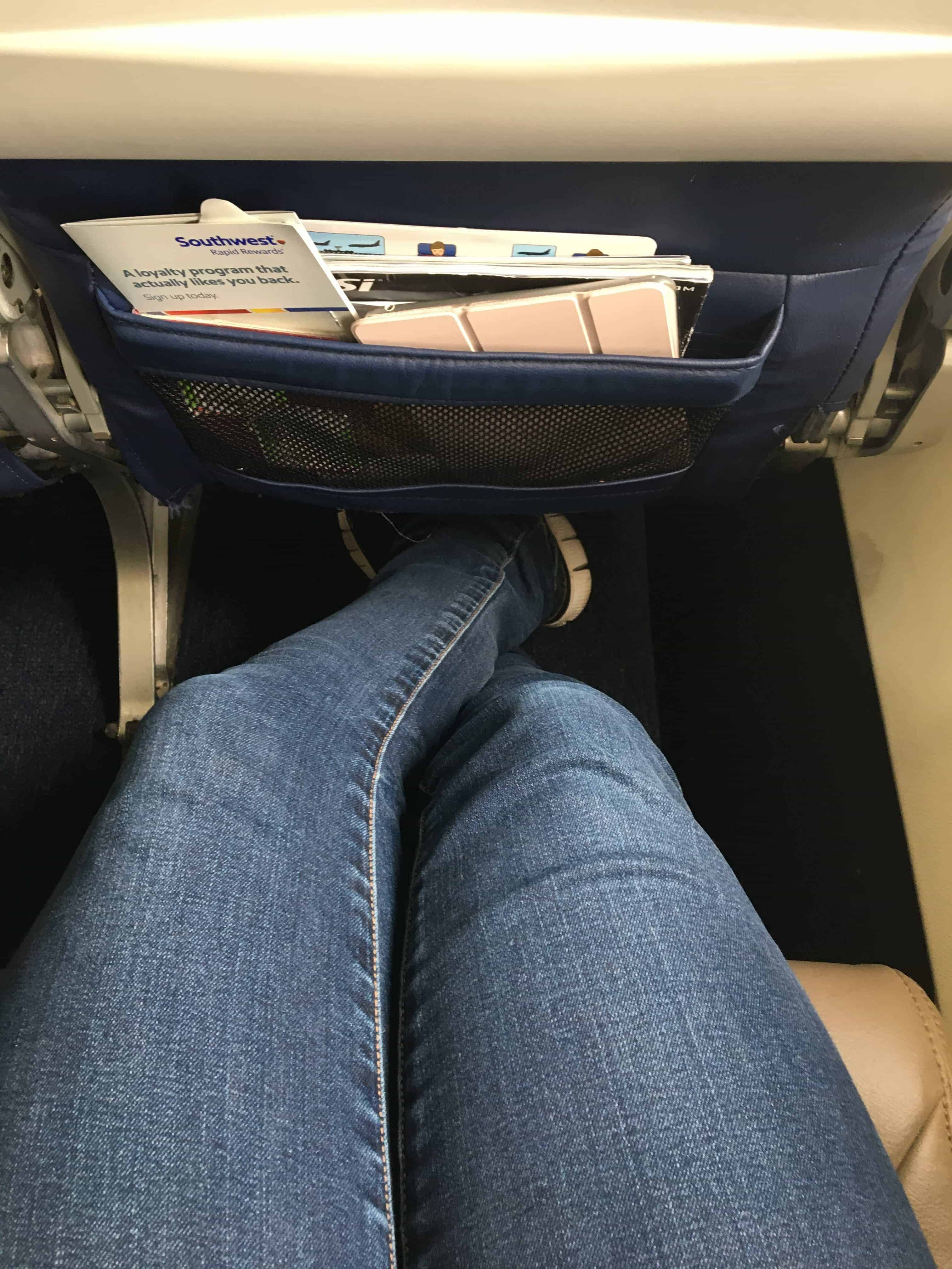 Southwest Sitzabstand ausgestreckte Beine