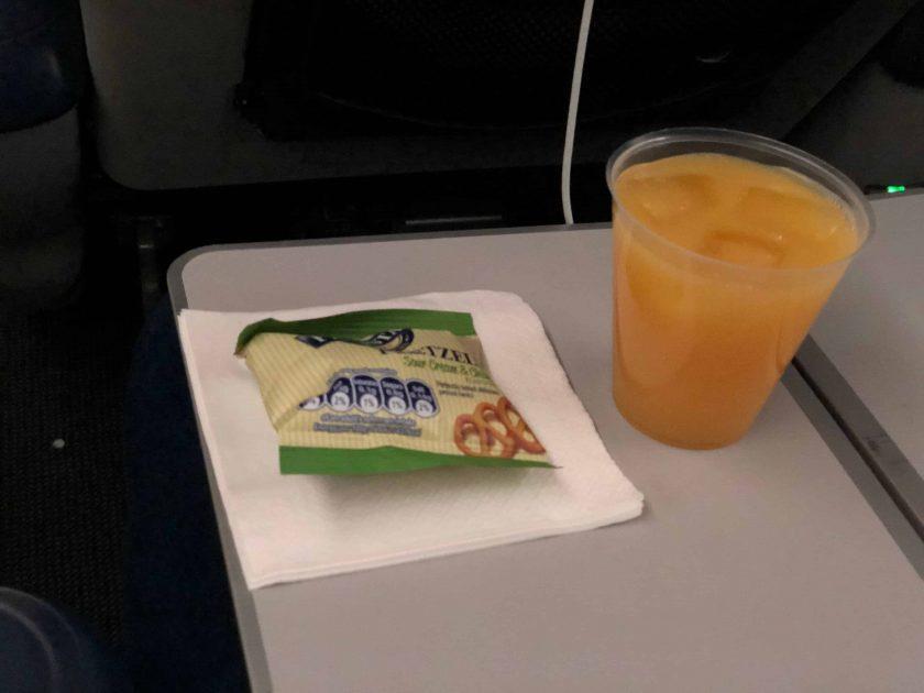 British Airways Prem Eco Bewertung Getreaenk
