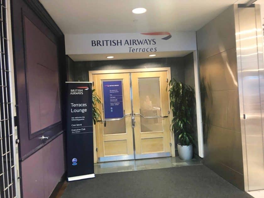 British Airways Prem Eco Bewertung Lounge Eingang