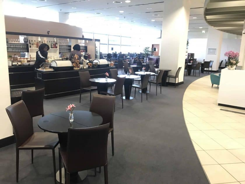 Cathay Pacific Review FRA HKG C Lounge Frankfurt 1