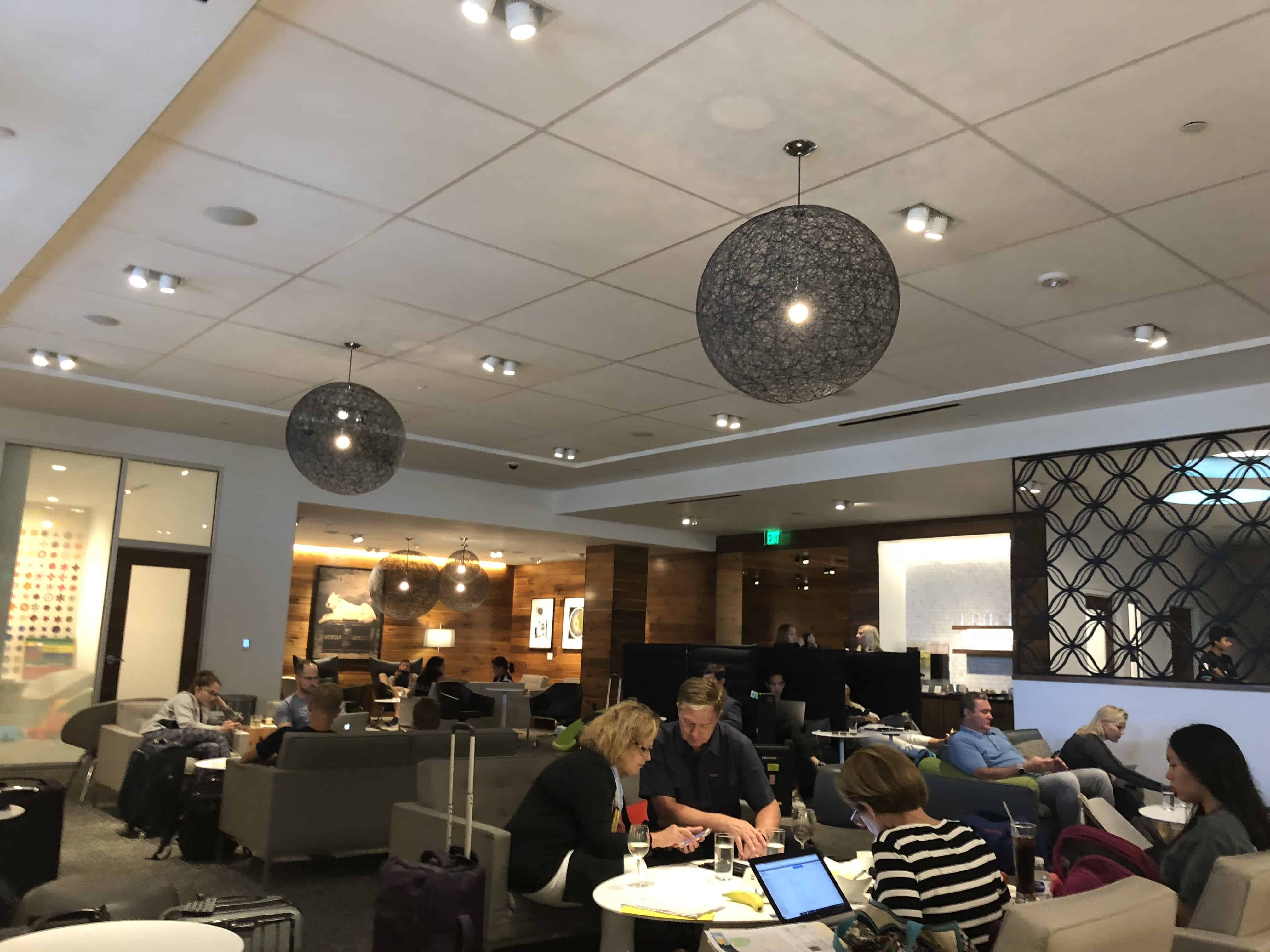 Centurion Lounge IAH Relaxbereich