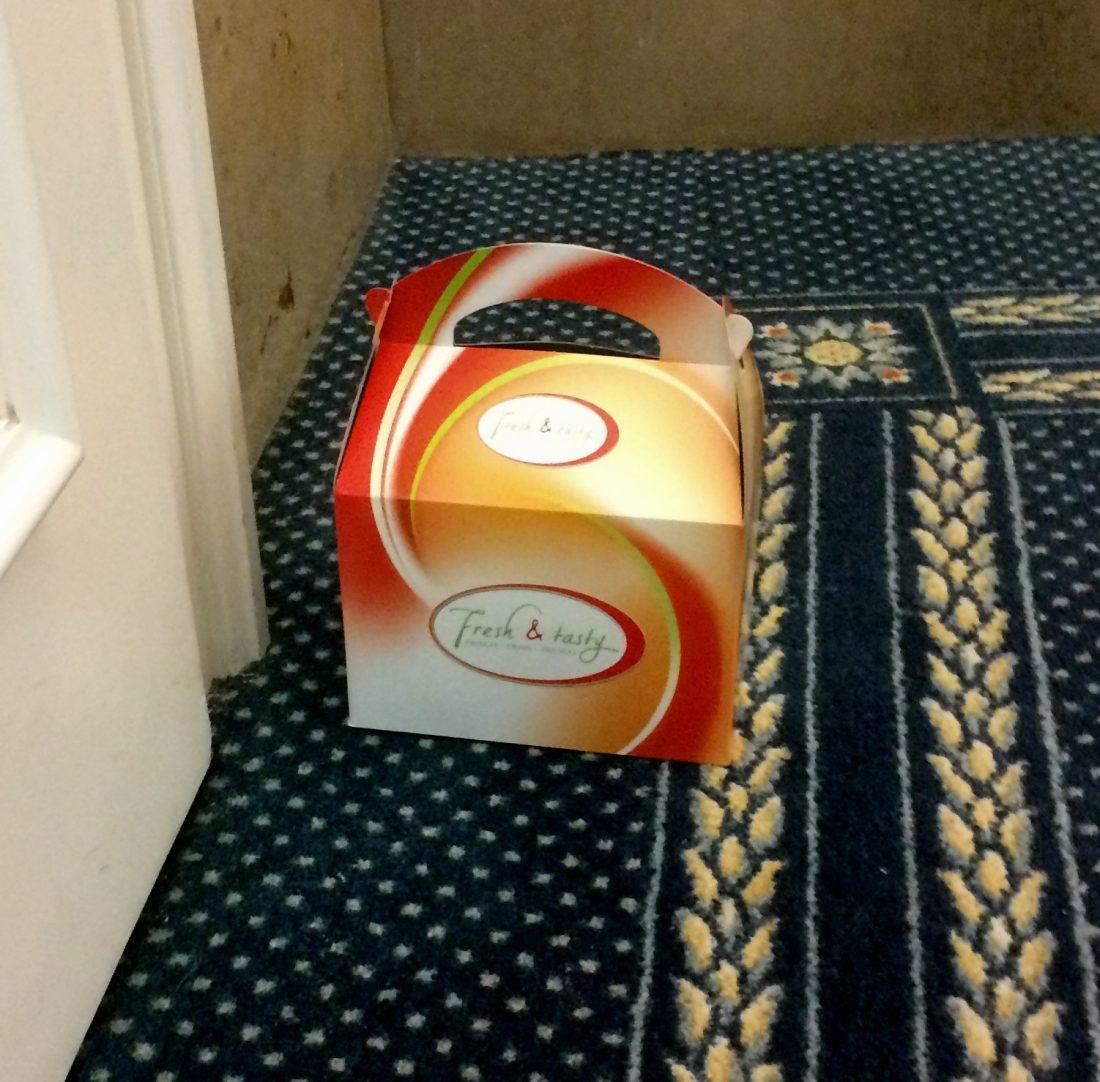 Corona Flur Fruhstucksbox 3 2