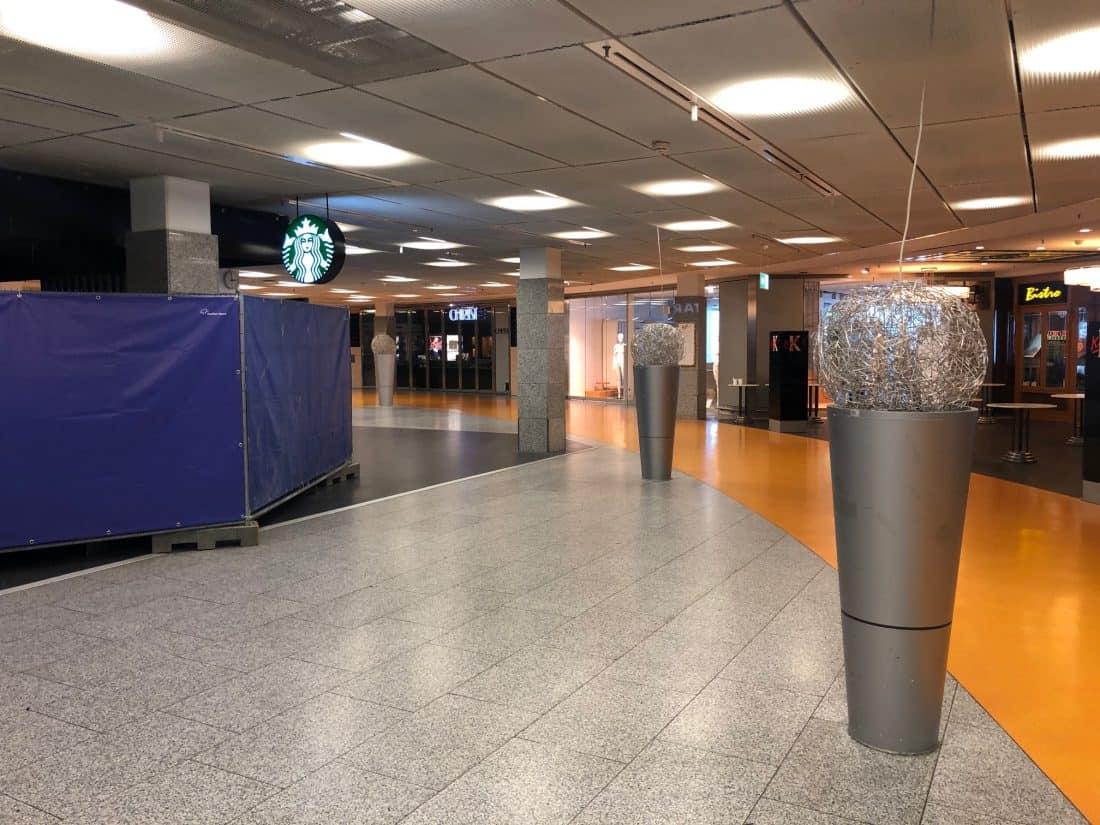 Coronatrip Frankfurt Starbucks