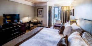 Crowne Plaza Porto Superior Room