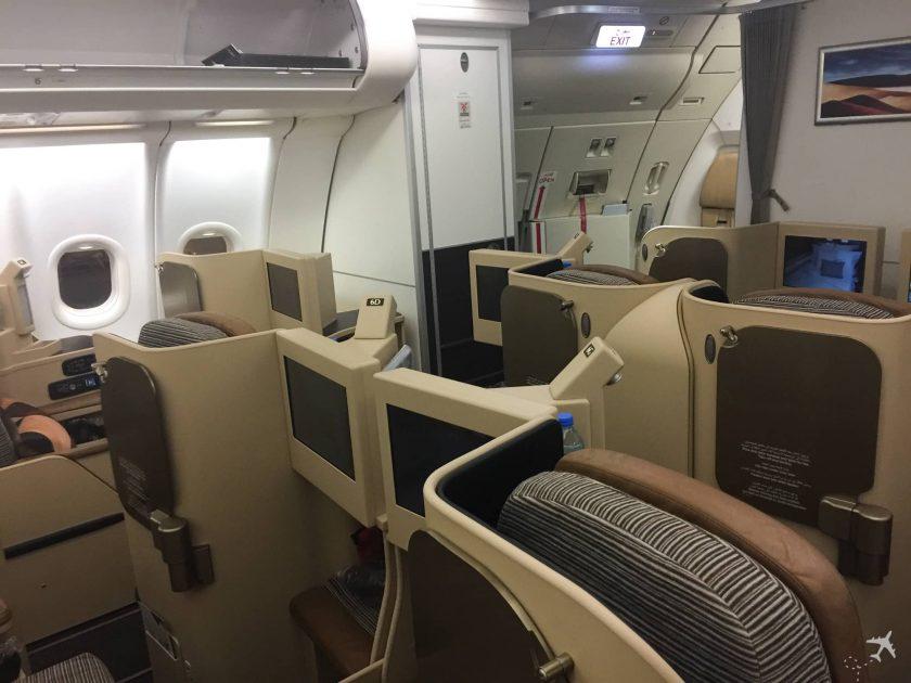 Etihad Airways Business Class Boeing 777 Kabine