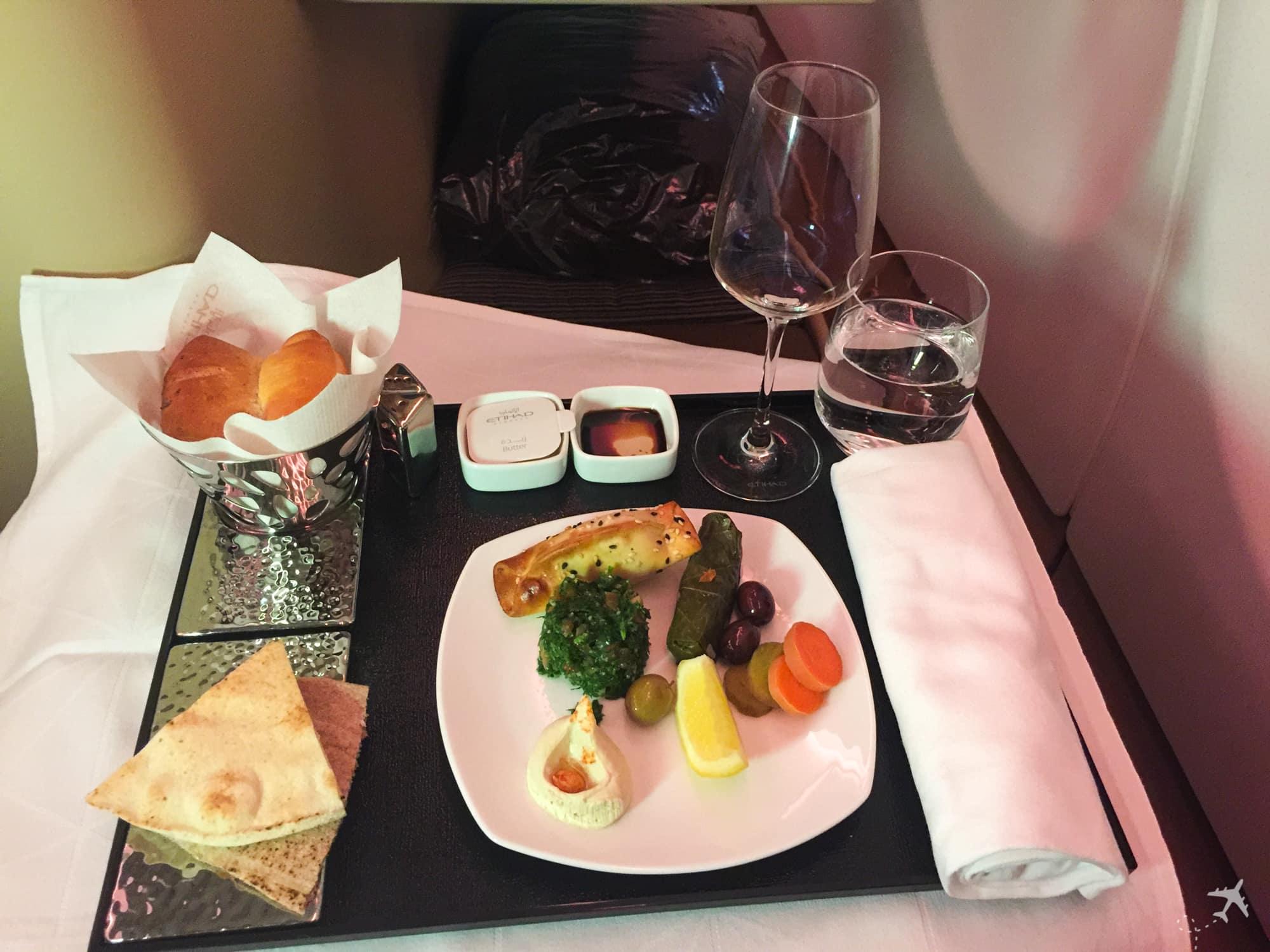 Etihad Airways Business Class Boeing 777 Vorspeise