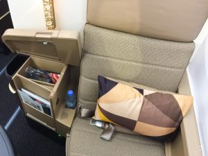 Etihad Airways Business Class Boeing 787 Sitz