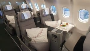 Eurowings Discover Business mit Essen