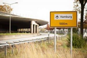 Weg zum Hamburger Flughafen