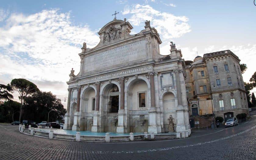 Fontana dell Acqua Paola Rom