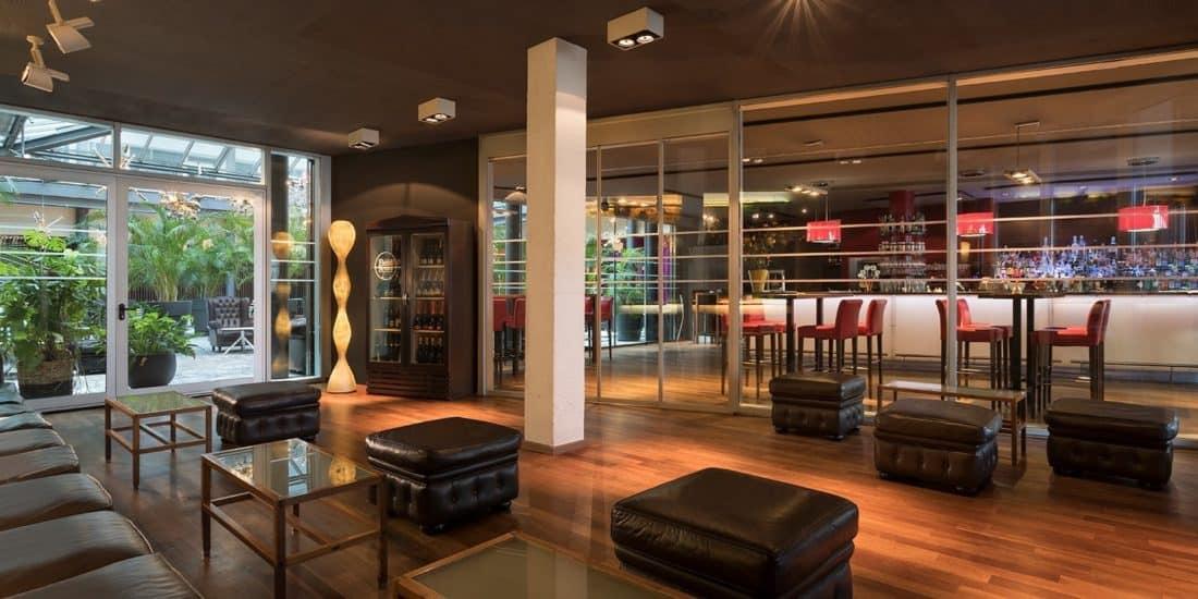 Bar / Restaurant (© Four Points by Sheraton Bozen)