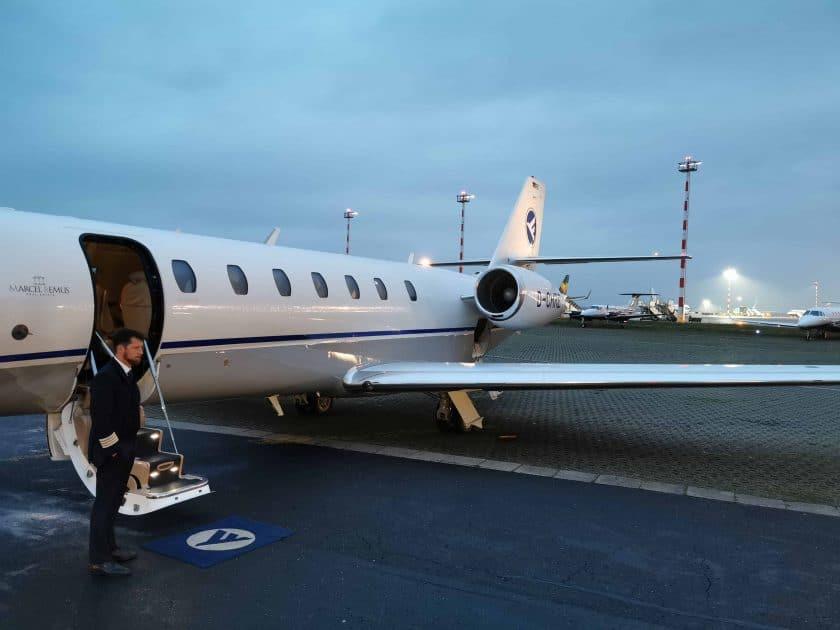 Hahn Air Bewertung Begruessung