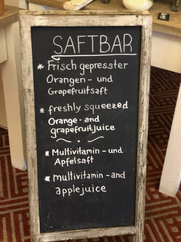 Hotel Palace Berlin Frühstück Saftbar