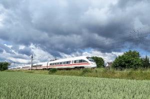 ICE Bahn Landschaft