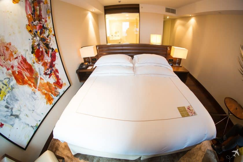 Jumeirah Hotel Frankfurt Schlafzimmer Bett