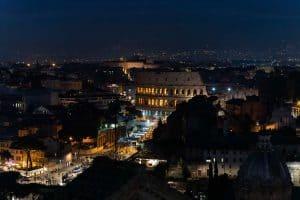 Kolosseum bei Nacht Rom