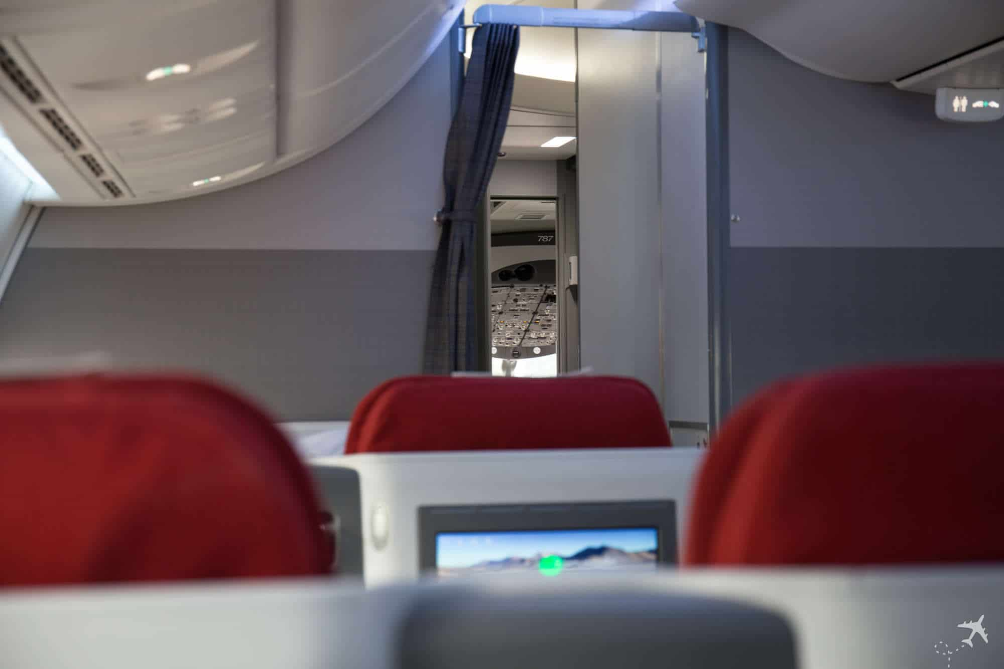 LATAM Boeing 787 Business Class Cockpit
