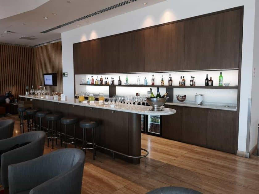 LATAM Lounge SCL Alk Bar