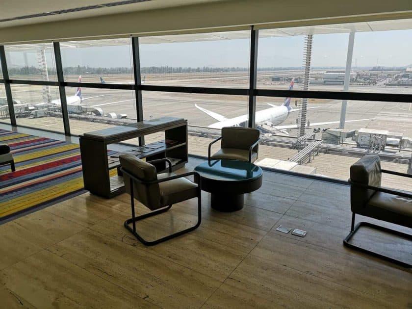 LATAM Lounge SCL OG Aussicht