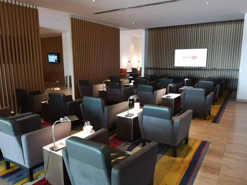 LATAM Lounge SCL TV