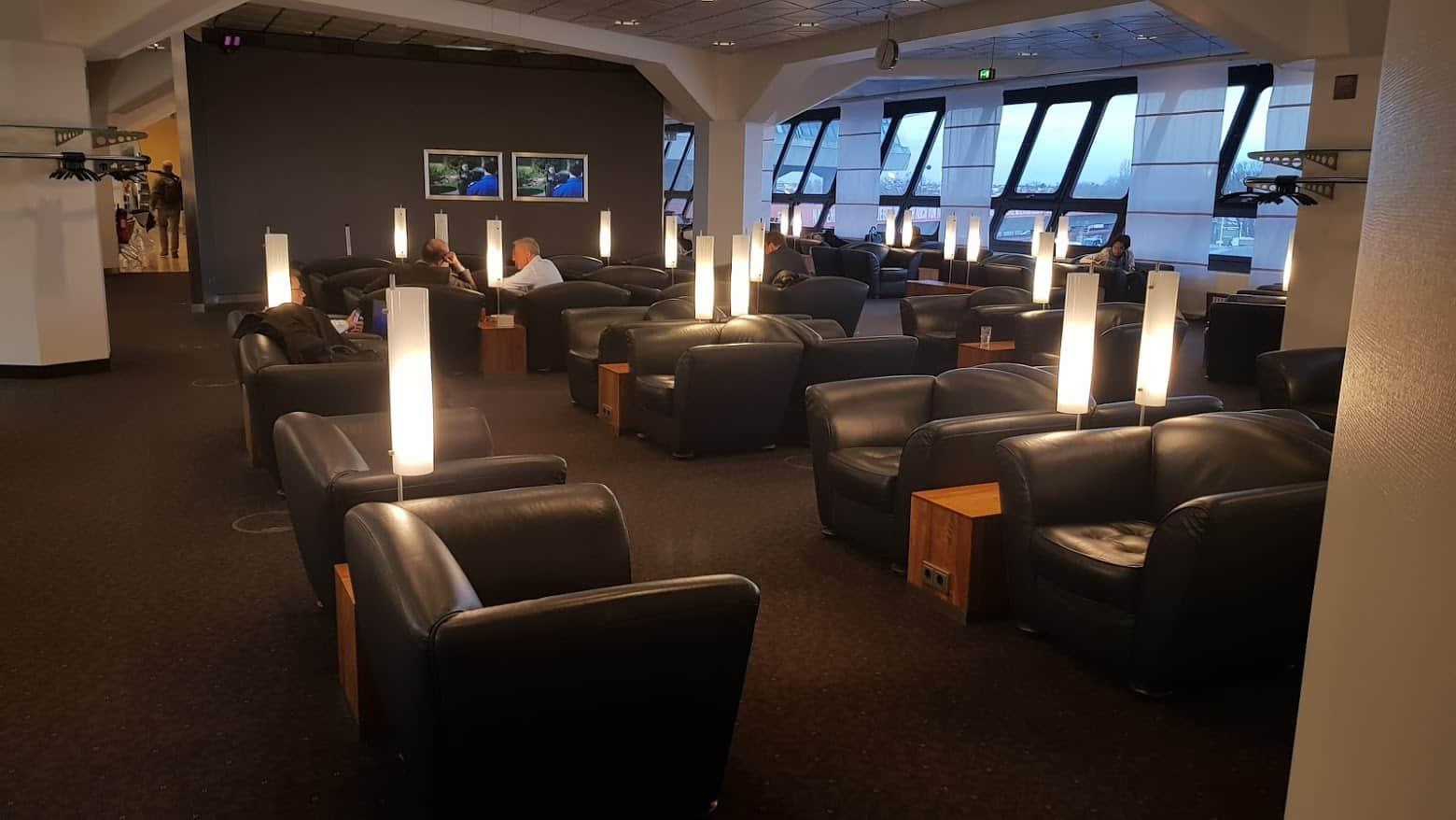 LH Lounge TXL Sitze
