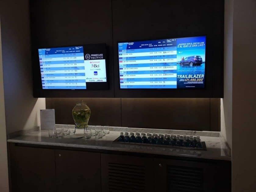 Latam Lounge SCL Getraenke Display