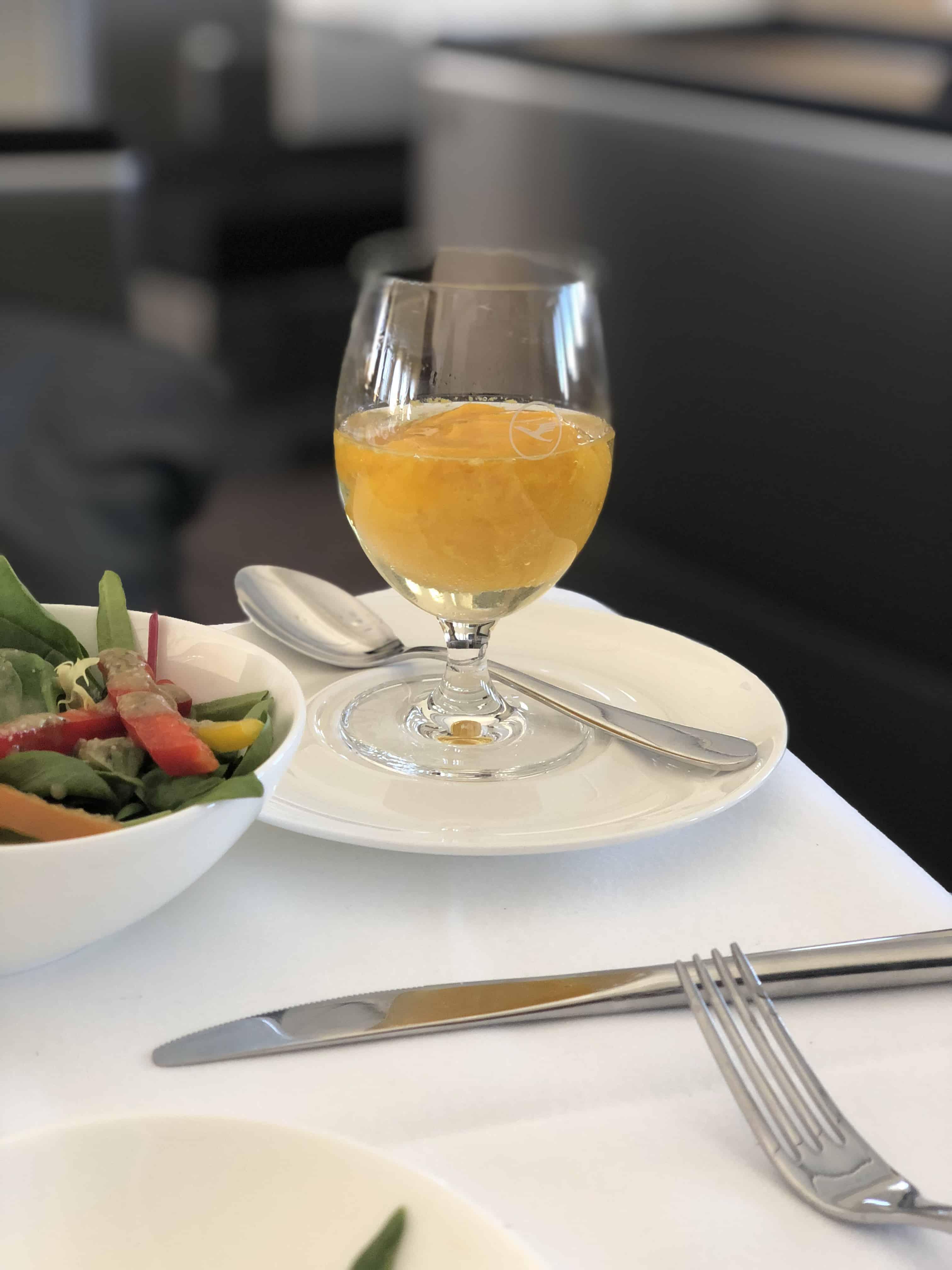 Lufthansa First Class Essen Sorbet