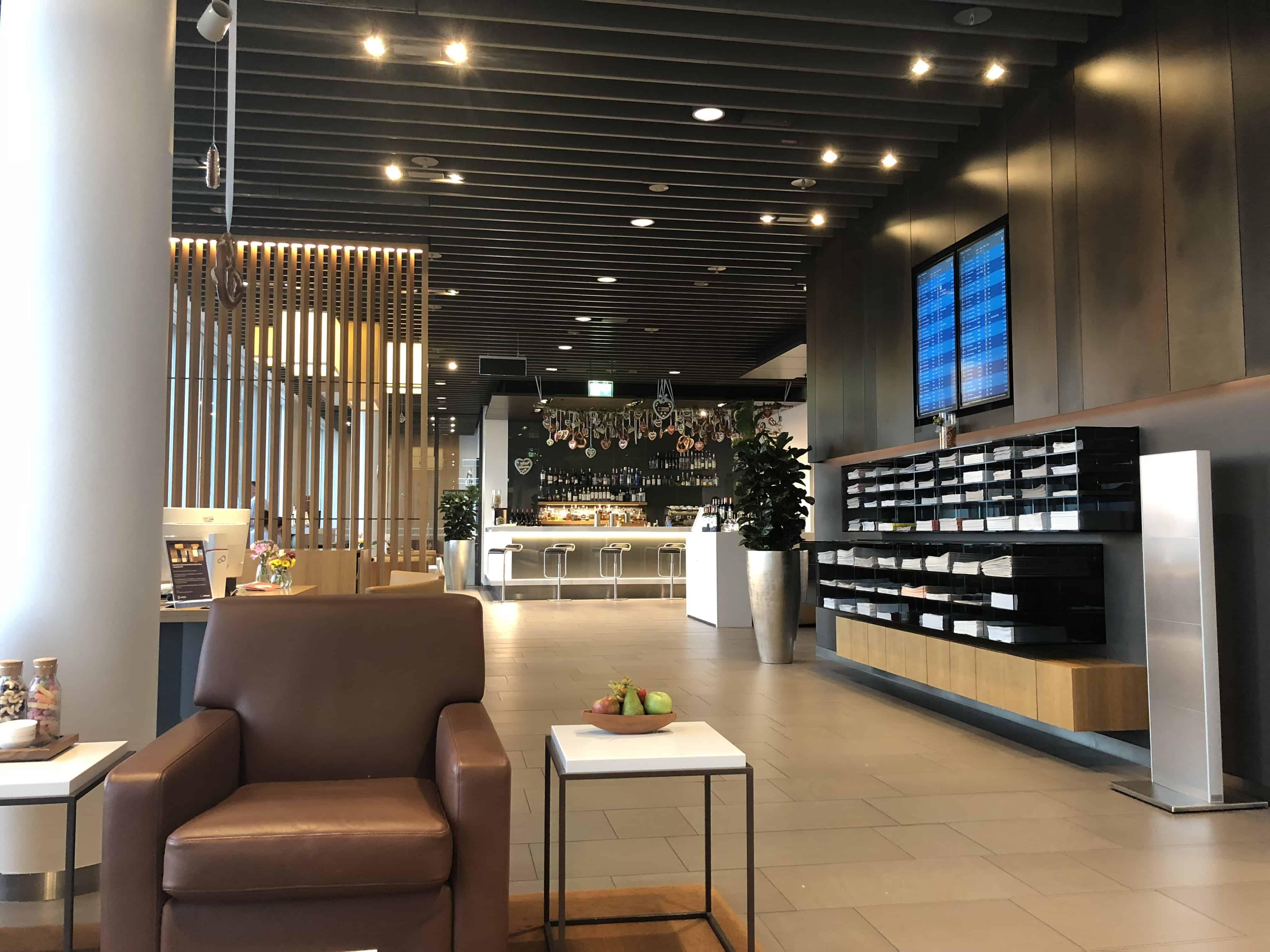 Lufthansa First Lounge MUC Lounge Ueberblick