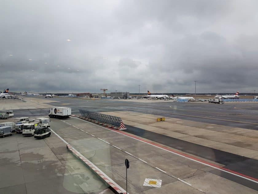 Lufthansa Panorma Lounge Ausblick