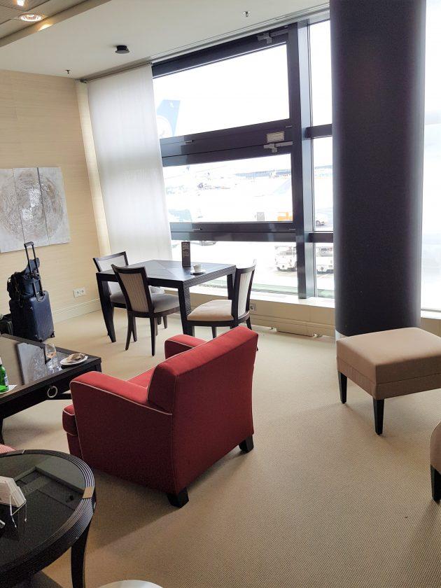 Lufthansa Panorma Lounge Sitzbereich 3