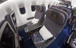 Lufthansa Premium Economy Class Sitze Boeing 747-8i